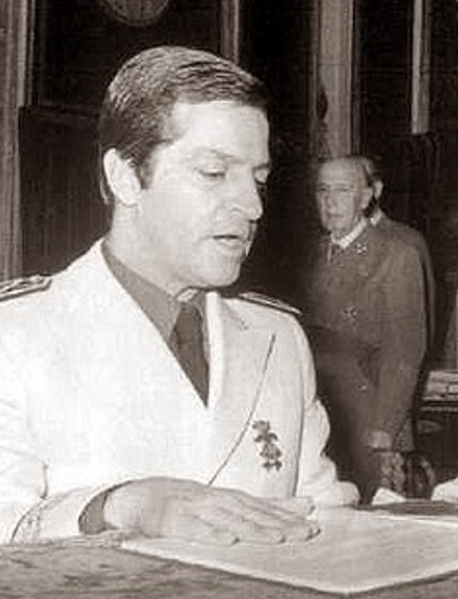 1975, ante Franco